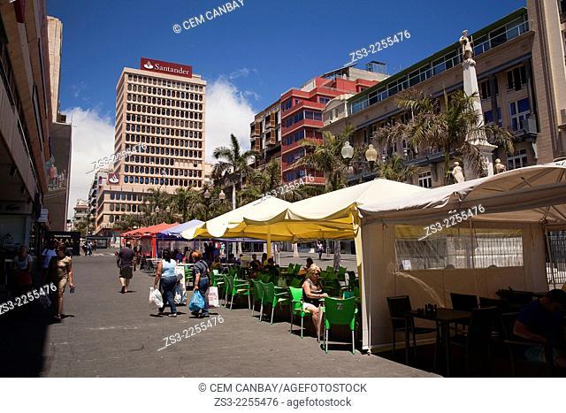 Outdoor cafes in Plaza de Espana, Santa Cruz de Tenerife, Tenerife, Canary Islands, Spain, Europe,