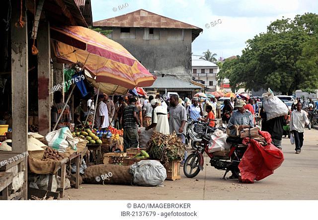 Darajani Market, bazaar of Zanzibar, Stone Town, Zanzibar, Tanzania, Africa