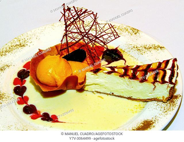 Cheesecake dessert with peach ice cream. Restaurante Alberdi, Bilbao, Vizcaya, Basque Country, Spain