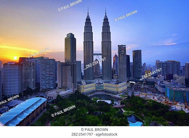 Petronas Twin Towers skyscrapers at sunset, KLCC, Kuala Lumpur, Malaysia