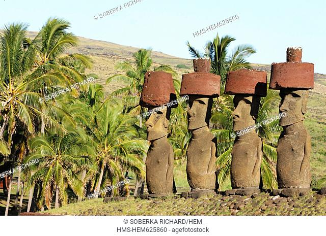 Chile, Easter Island Rapa Nui, site listed as World Heritage by UNESCO, Anakena, alignment Moai statues of Ahu Nau Nau along Anakena Beach