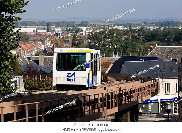 France, Aisne, Laon, funicular connecting the lower town to the upper town