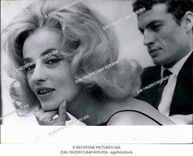 Sep. 12, 1962 - Jeanne Moreau and Claude Mann in 'Bay of Angels' (Credit Image: © Keystone Press Agency/Keystone USA via ZUMAPRESS.com)