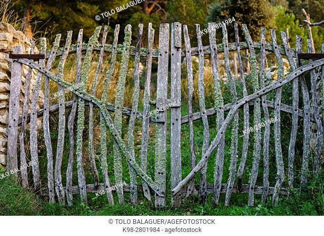Old traditional farm gate, Randa, Mallorca, balearic islands, spain, europe