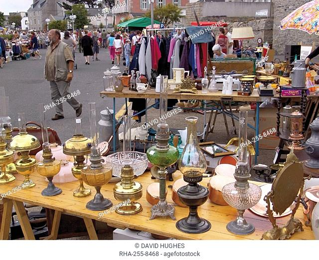 Braderie, a French car boot sale, Roscoff, Finistere, Brittany, France, Europe