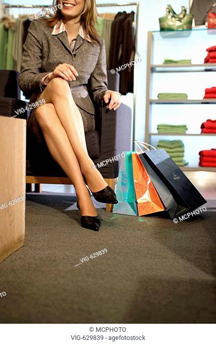 Frau beim Shopping - 01/03/2005