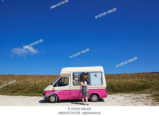 England, Cornwall, Newquay, Bedruthan Steps, Ice Cream Van