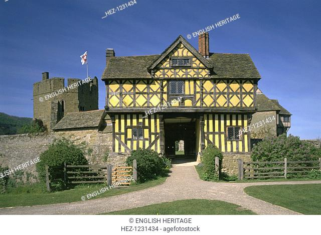 Stokesay Castle and gatehouse, Shropshire, 1997. The timber-framed gatehouse was added in 1620. Stokesay Castle is the finest and best-preserved 13th century...