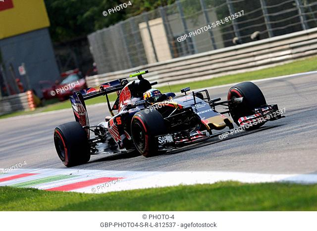 02.09.2016 - Free Practice 2, Carlos Sainz Jr (ESP) Scuderia Toro Rosso STR11