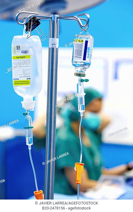 Intravenous serum in operating room, Ambulatory Surgery, Hospital Donostia, San Sebastian, Basque Country, Spain