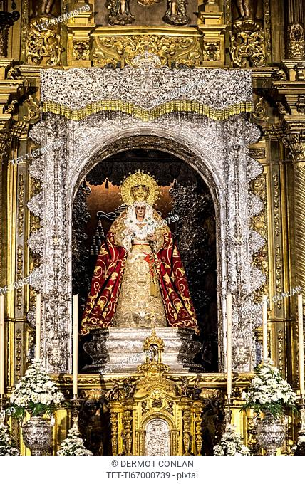 Spain, Seville, Macarena, Ornate altar of Virgin of Hope in Basilica de la Macarena