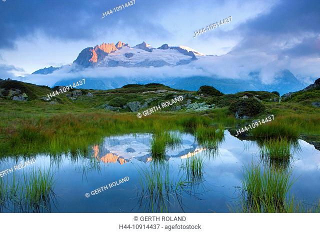 Moosfluh, Switzerland, Valais, Aletsch area, pool, puddle, morning light, reflection, mountains, Fusshörner, clouds, nature