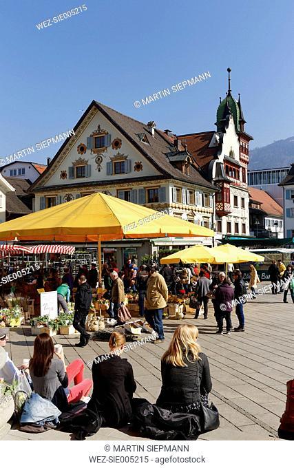 Austria, Vorarlberg, Dornbirn, farmer's market in front of Lugerhaus