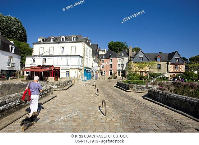 HARBOR BRIDGE IN AURAY. SOUTH BRITTANY. FRANCE