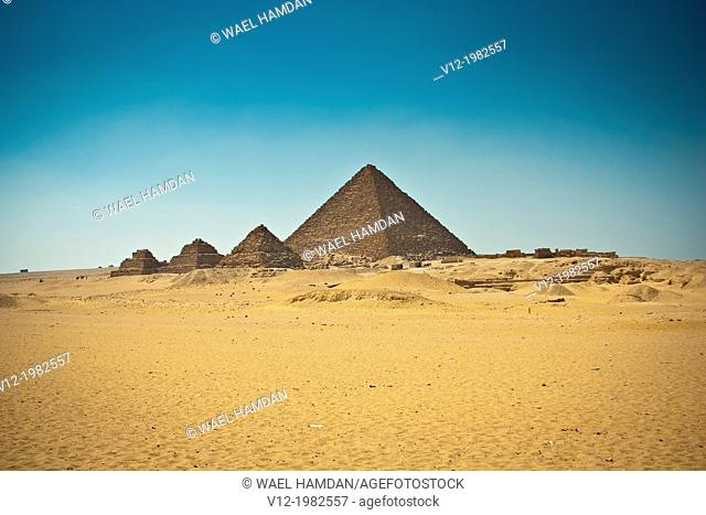 Great Pyramids Of Giza, Gizeh Egypt
