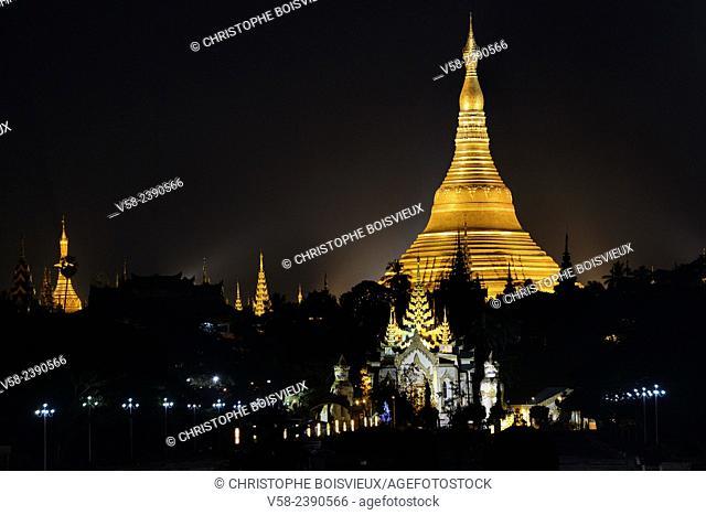 Myanmar, Yangon (Rangoon), Shwedagon pagoda by night