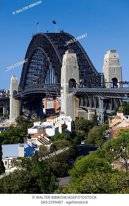 Australia, New South Wales, NSW, Sydney, Sydney Harbour Bridge from Observatory Park
