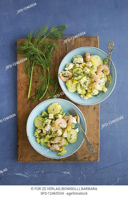 Potato salad with shrimps and dill