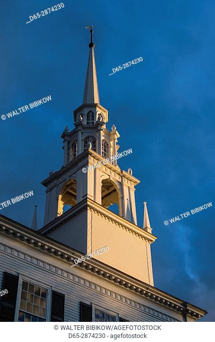 USA, Massachusetts, Newburyport, Unitarian Church, sunset