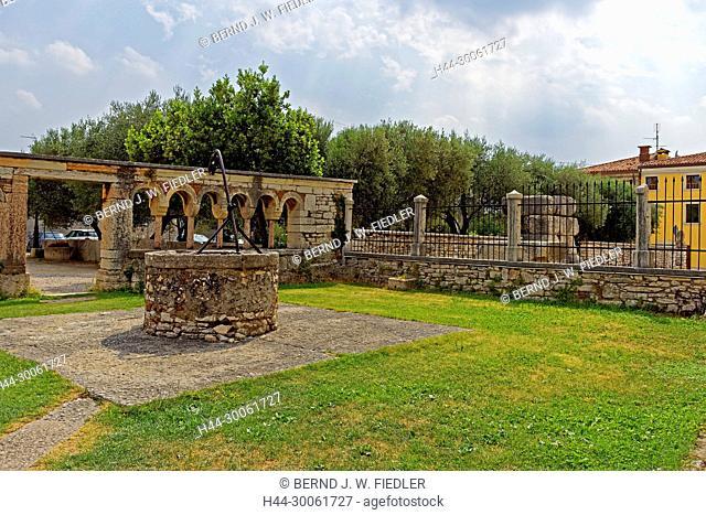 Europe, Italy, Veneto Veneto, San Giorgio, Piazza della Pieve, Pieve Tu San Giorgio di Valpolicella, Brunen, building leftovers, architecture, building, church