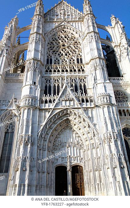 Beauvais Cathedral facade, Beauvais, Oise department, Picardy, France
