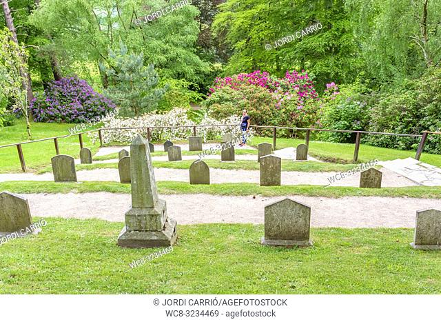 ENNISKERRY, CO. WICKLOW, IRELAND: Pet Cemetery, in the Powerscourt Gardens