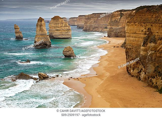 Limestone Sea Stacks of the 12 Apostles and the 12 Apostles National Marine Park, viewed from Port Campbell National Park, Princetown, Victoria, Australia