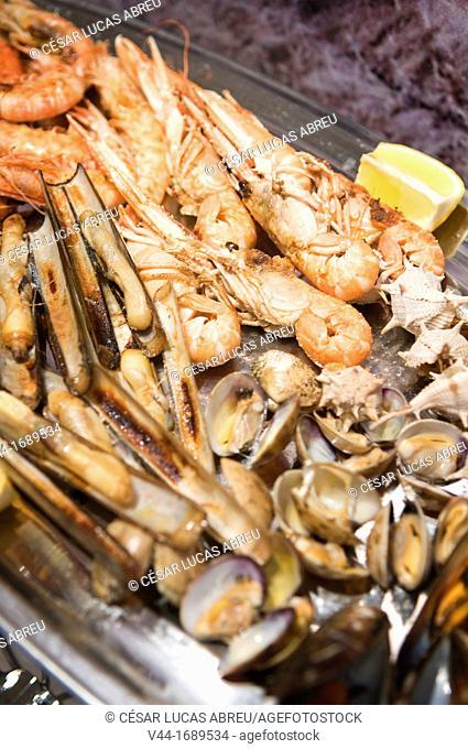 Seafood, Restaurant Nus. Cambrills. Costa Dourada, Catalonia. Spain