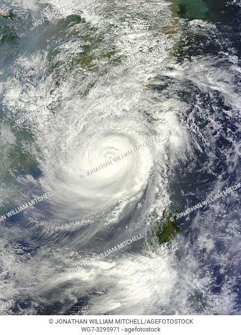 EARTH China -- 24 Sep 2013 -- This weekend, the most powerful tropical cyclone of 2013 passed between Taiwan and the Philippines