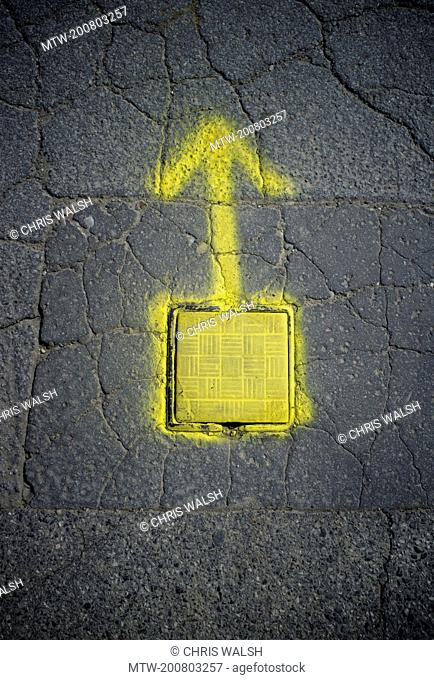 Road drain cover arrow water source direction