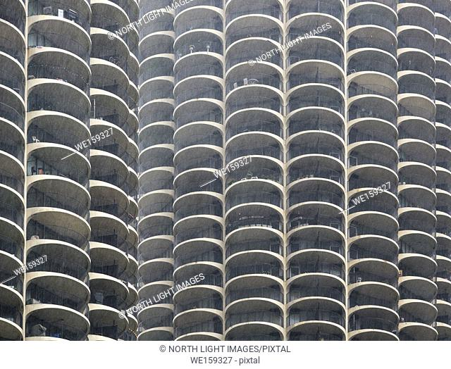 USA, IL, Chicago. Apartment building in the center of Chicago. Many curved balconies that all look the same
