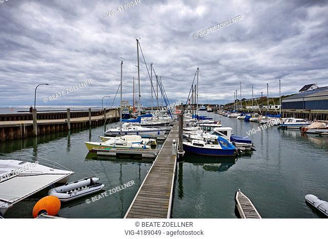 Port on the eastside / Sylt - Hörnum/Sylt, Schleswig-Holstein, Germany, 21/09/2013