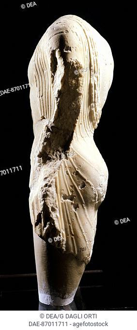 Kouros, statue from Syracuse, Italy. Profile. Ancient Greek civilization, Magna Graecia, 6th-5th Century BC.  Syracuse, Museo Archeologico Regionale 'Paolo...