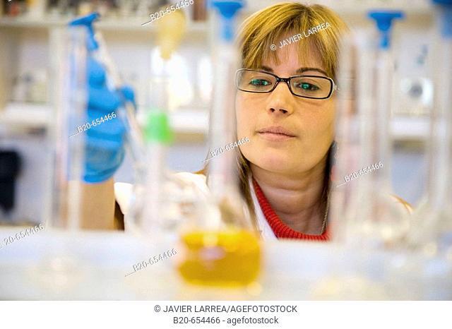 Chemistry laboratory, Water tests. AZTI-Tecnalia. Technological Centre specialised in Marine and Food Research. Pasaia, Gipuzkoa, Euskadi. Spain