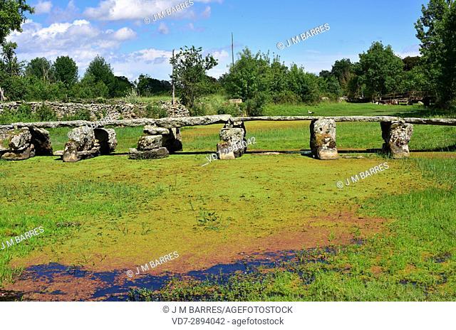 Popular architecture. Bridge building with granite blocks. Fariza, Sayago, Zamora Province, Castilla-Leon, Spain