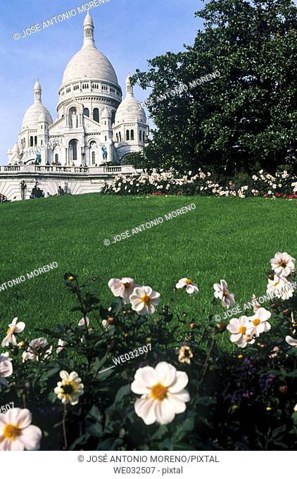 Church of the Sacre Coeur and gardens in Montmartre, Paris. France