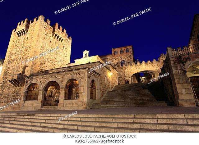 Torre de Bujaco, Hermita de la Paz and Arco de la Estrella, Historic monuments, UNESCO World heritage site. Caceres, Extremadura, Spain