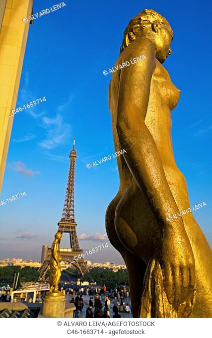 Eiffel tower, view from Palais Chaillot, Trocadero, columns and statue, Paris  France