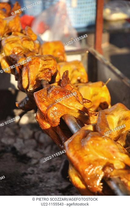 Phnom Penh (Cambodia): barbecued chicken sold at the Old Market