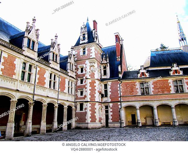 Inside yard of the Chateau de Blois, Loire et Cher, Pays de la Loire, Loire Valley , UNESCO World Heritage Site, France.