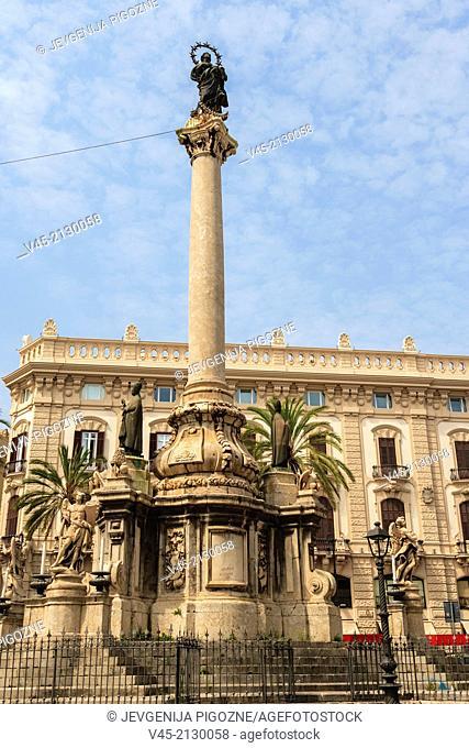 Piazza San Domenico, Via Roma, Palermo, Sicily, Southern Italy, Italy