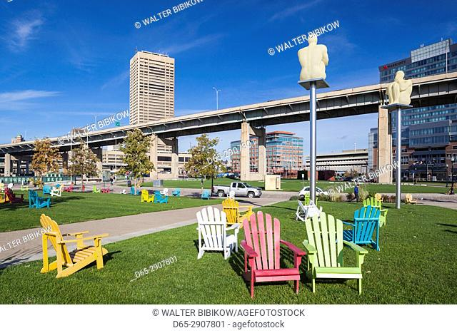 USA, New York, Western New York, Buffalo, Canalside Park, renovated former industrial area, Silent Poets sculpture by Jaume Plensa, 2012