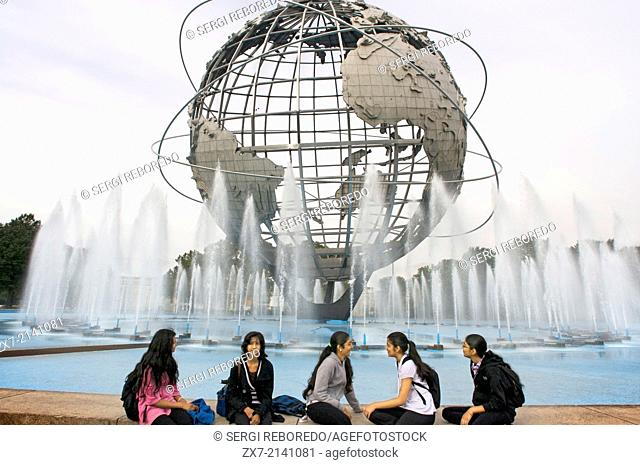 Flushing Meadow - Corona Park. This park of 5 square kilometers , was built on a former garbage dump. The Flushing Meadows -Corona Park