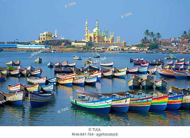 Vizhinjam, fishing harbour near Kovalam, Kerala, India, Asia