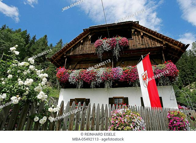 Typical South Tyrolean house at the hamlet of Wielen, Grödnertal