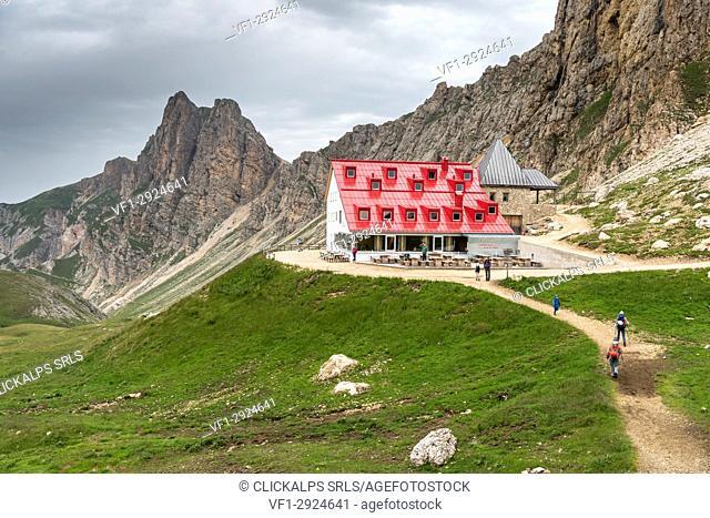 Tires Hut, Sciliar-Catinaccio Natural Park, Dolomites, Trentino Alto Adige, Italy