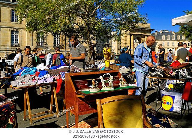 Saint Michel flea market by the Porte de Bourgogne, Bordeaux, Gironde, Aquitaine, France