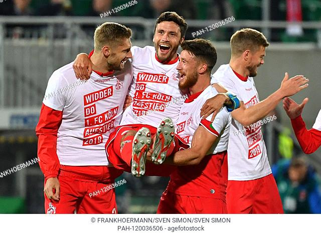Koeln rises in the 1.Bundesliga! v.li: Lasse SOBIECH (1.FC Cologne), Jonas HECTOR (1.FC Cologne), Salih OEZCAN (1.FC Cologne), Simon TERODDE (1