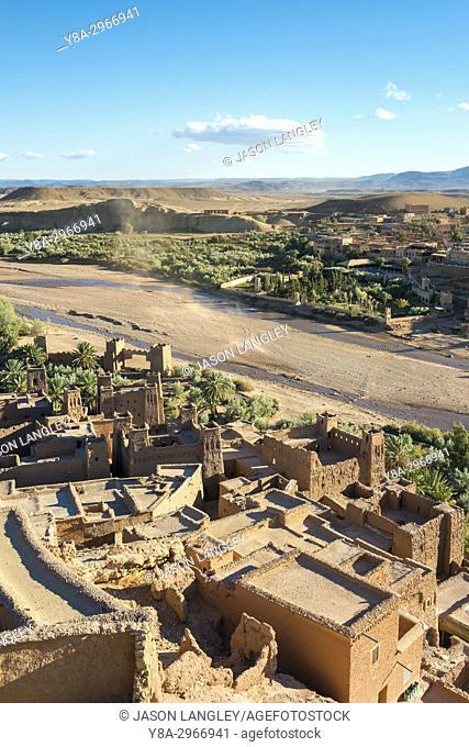 Morocco, Sous-Massa (Sous-Massa-Draa), Ouarzazate Province. View from uppter village inside of Ksar of Ait Ben Haddou (Ait Benhaddou)