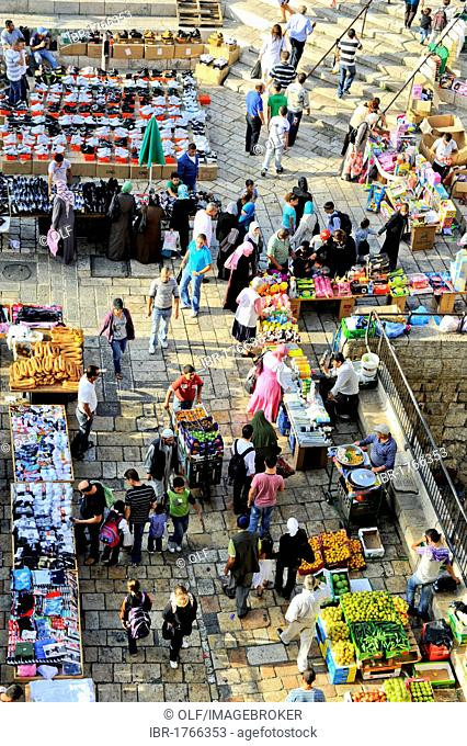 Dealers outside the Damascus Gate, old town, East Jerusalem, Israel, Middle East, Southwest Asia